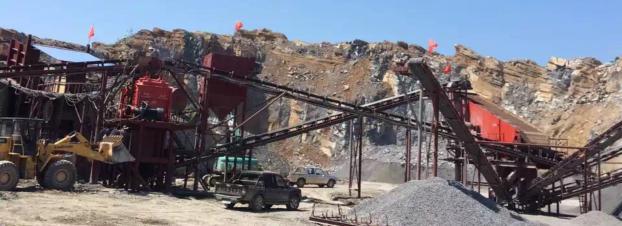 沙市碼頭時產300噸砂石工地