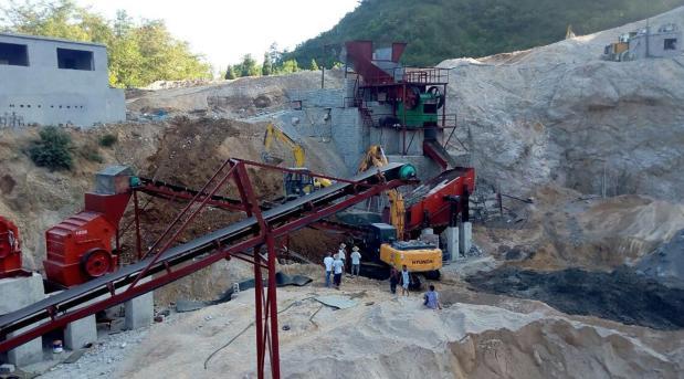巫山時產300噸砂石設備安裝現場