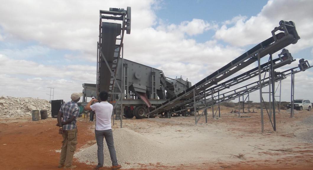 坦桑尼亞時產200噸移動碎石生產...